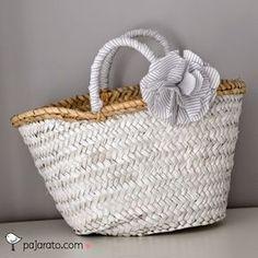 pajarato: Cestos de Paja Jute Bags, Hessian, Clutch Purse, Homemade Gifts, Summer Time, Straw Bag, Home Goods, Creations, Purses