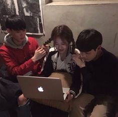 Read 9 from the story Ulzzang bestfriends by Always_Reader (El culo de Jimin) with 745 reads. Korean Ulzzang, Ulzzang Boy, Korean Girl, Korean Best Friends, Korean People, Ulzzang Couple, Cute Friends, Best Friend Goals, Friend Photos