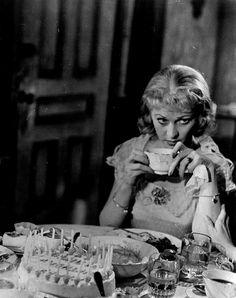 Blanche DuBois.... Vivien Leigh in a Streetcar Named Desire