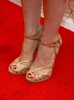 Jessica Chastain Photos Photos - Actress Jessica Chastain (shoe detail) arrives at the 2013 WGAw Writers Guild Awards at JW Marriott Los Angeles at L.A. LIVE on February 17, 2013 in Los Angeles, California. - 2013 WGAw Writers Guild Awards - Red Carpet