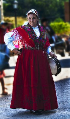 All Ready for the Dance, Cantabria, Northern Spain Folk Costume, Costumes, Small Group Tours, Spain Travel, Traditional Dresses, Portugal, Germany, Events, Culture