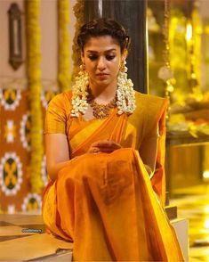 Actress Nayanthara Airaa Movie Stills Nayanthara In Saree, Nayanthara Hairstyle, Saree Hairstyles, Sari Blouse Designs, Bridal Blouse Designs, Lehenga Designs, Indian Beauty Saree, Indian Sarees, Ethnic Sarees