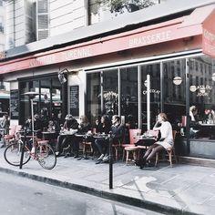 Sunday mornings people watching at Comptoir Turenne #Paris #PFW - @studiodore team #onefinestay