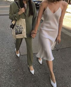 Girl Urban Fashion Girl Style 45 Stylish Outfit Ideas Best Picture For streetwear girl For Your Taste You are looking for some Look Fashion, Fashion Outfits, Womens Fashion, Fashion Tips, Fashion Trends, Fashion Clothes, Fashion Ideas, Girl Fashion, Fashion Hacks