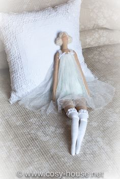 Тепло маминых рук - Страница 6 - Форум ♡ Pretty Dolls, Beautiful Dolls, Doll Crafts, Fun Crafts, Tilda Toy, Sewing Dolls, Dress Sewing Patterns, Fabric Dolls, Art Dolls