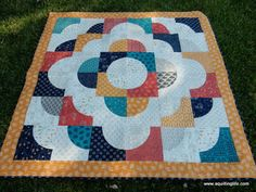 Curved Piecing and a Free Quilt Pattern