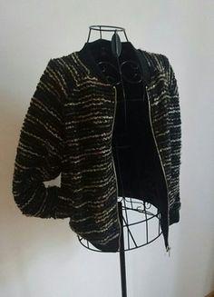 Kaufe meinen Artikel bei #Kleiderkreisel http://www.kleiderkreisel.de/damenmode/mantel-and-jacken-sonstiges/144627198-bomberjacke-hm-schwarz-gold