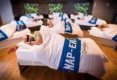 Cómo hacer una cama para tu jardín, patio o terraza | Bioguia Sleep Exercise, Gym Classes, Health Club, Academia, Burn Calories, Fun Workouts, It Works, Training, Stress