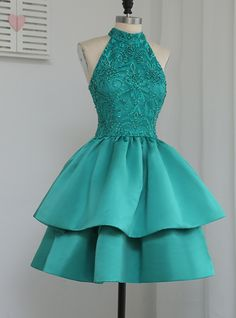 Luxurious A-Line Halter Green Homecoming Dresses,Short Lace Tulle Prom Dress Green Homecoming Dresses, Cute Prom Dresses, Grad Dresses, Dresses For Teens, Dance Dresses, Pretty Dresses, Sexy Dresses, Beautiful Dresses, Formal Dresses