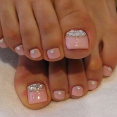 I hate feet  but these look so cute