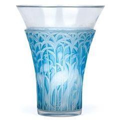"""Vase """"Ibis"""", René Lalique, Wingen-sur-Moder, designed on 24 April 1934, #artsandcraftsantique,"""