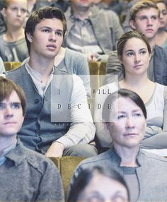 New Exclusive Photo/Still of the Divergent Movie. This is from the choosing ceremony! In this photo is Ansel Elgort (to play Caleb Prior) and Shailene Woodley (to play Tris Prior)-brother and sister. Divergent Tris, Divergent Movie Stills, Watch Divergent, Tris Et Tobias, Divergent 2014, Tfios, Divergent Funny, Divergent Quotes, Tris Prior