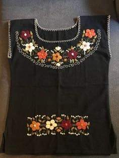 Black Mexican Blouse With Hand Embroidered Flowers Embroidery Suits Punjabi, Embroidery On Kurtis, Kurti Embroidery Design, Embroidery Neck Designs, Mexican Embroidery, Hand Embroidery Tutorial, Embroidery Dress, Mexican Shirts, Mexican Blouse