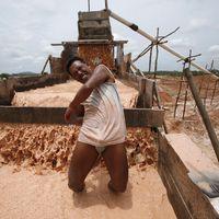 L'Indonésie entretient le regain de l'étain