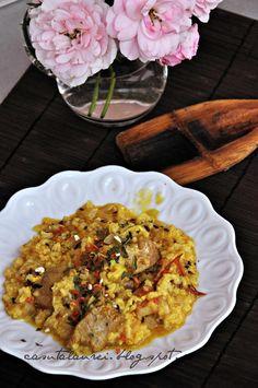 Orez Biryani cu pui, o reteta de inspiratie indiana, o combinatie savuroasa ce jongleaza stralucit cu condimentele pentru a obtine un produs final delicios