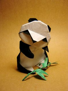 Panda bebé de origami de Akira en Yoshizawa, Japón