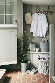 Whatever happened to MasterChef Martha Collinson bakes and some glamorous kitchen ideas The Kitchen Think Mudroom Ideas bakes Collinson Glamorous happened Ideas Kitchen Martha MasterChef Deco Champetre, Mudroom, Cheap Home Decor, Storage Spaces, Tv Storage, Record Storage, Storage Room, Interior Inspiration, Autumn Inspiration