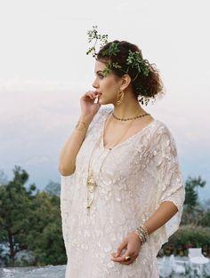 A captivating wedding hair idea for this Nepali wedding: http://onthegobride.com/2015/05/traditional-nepali-wedding-inspiration