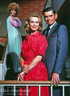 """Agnes Moorehead, Elizabeth Montgomery, and Dick York in the TV series  """"Bewitched"""" -- The Dick York years (1964-1969)"""