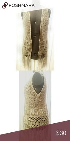 ❣TGIF BLOWOUT❣Boho crochet vest Boho fringe crochet vest, good used condition, nice long fringe on the bottom, festival clothing trendish, size medium, brand Mystree.*My items are NOT from a smoke free home* Mystree Tops