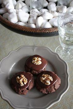 "Best Afghan biscuit recipe I've found on the web - real Kiwi ""afghans"": so chocolatey, sooooo good."