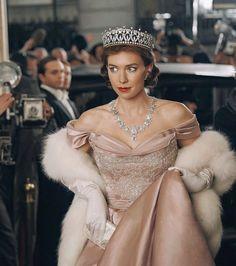Crown Aesthetic, Princess Aesthetic, Vanessa Kirby The Crown, The Crown 2016, The Crown Series, Princess Margaret, Costume Shop, Vintage Glamour, Girl Photos