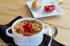 Peanut Butter and Jelly Oatmeal from @Dinnersdishesdessert