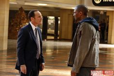 Clark Gregg (Agent Coulson) and guest star J. August Richards in the pilot of Marvel's Agents of S. Fandom Jokes, Marvel News, Marvels Agents Of Shield, Marvel Entertainment, Marvel Movies, Guardians Of The Galaxy, Marvel Cinematic Universe, Captain Marvel, Live Action