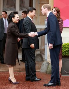 Prince William, Duke of Cambridge and Catherine, Duchess of Cambridge welcome the President of the Peoples Republic of China, Mr Xi Jinping and his wife, Madame Peng Liyuan the a GREAT Britain Creative Event at Lancaster House on October 21, 2015 in London, England.