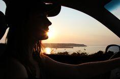 Ihr plant einen Road Trip an die Atlantikküste Frankreichs? Gute Idee! Denn dort erwarten euch jede Menge schöne Strände, wildes Meer und abenteuerliche Orte zum Campen. Mehr dazu auf dem Blog: http://jillepille.com/road-trip-entlang-frankreichs-atlantikkueste