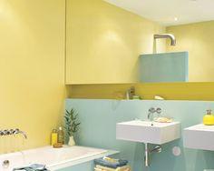 La salle de bain est souvent la plus petite des pièces mais vous pouvez agrandir la vôtre. Créez un havre de détente avec des tons pâles et des touches lumineuses