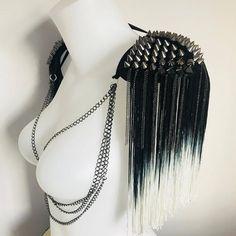Quirky Fashion, Diy Fashion, Burlesque Outfit, Burlesque Clothing, Fantasy Hair, Fantasy Makeup, Rhinestone Bra, Rave Gear, High Fashion Makeup