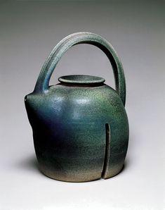 Karen Karnes (1925- ), American / Teapot, 1989, glazed stoneware, USA / The Donna Moog Collection, Racine Art Museum, Racine, Wisconsin, USA