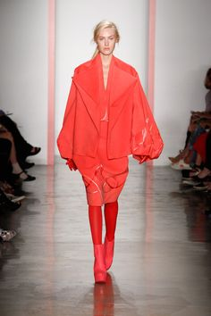 Sinjing Chen - Parsons The New School for Design Spring 2014 Ready-to-Wear Collection Slideshow on Style.com
