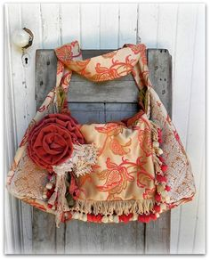Prairie Couture Carpet Bag  Vagabond Gypsy by FadedPrairieCouture, $145.00 I might be buying this....