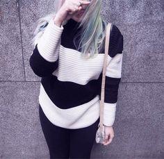 Retro striped stand collar loose sweater  L251069