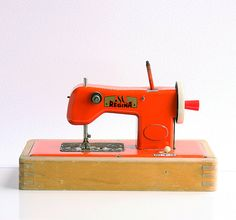 Vintage toy sewing machine German collectible by bluepalette