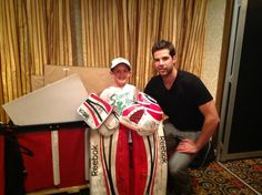 Corey Crawford with a young fan.
