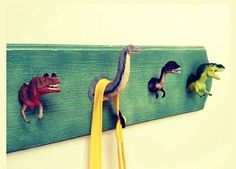 Hilarious Ways to Upcycle Plastic Dinosaurs - dinosaur bathroom idea Creative Coat Hooks DIY – Home & Family - Diy Haken, Brisbane Kids, Diy Hooks, Wall Hooks, Towel Hooks, Deco Kids, Creation Deco, Diy For Kids, Dinosaur Nursery