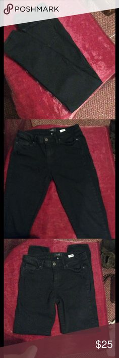 """Paige jeans Black Paige verdugo ultra skinny great condition no fading nice 8"""" rise 29"""" inseam pic 1 demonstrates fit Paige Jeans Jeans Skinny"""