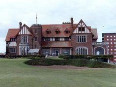 *Mar del Plata Golf Club*  [Mar del Plata]  A 3.4 km de distancia de Loló Hotel Boutique