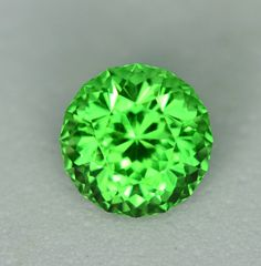 MJ5138 – Tsavorite – 1.51ct $1,850.00, visit the website for video, more photos and further details!!www.jefferydavies.com... for more great deals