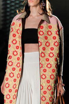 Prada Spring 2012 Ready-to-Wear Fashion Show Details