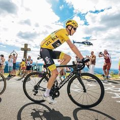 Chris Froome Stage 15 TDF2017 by brakethrough_media