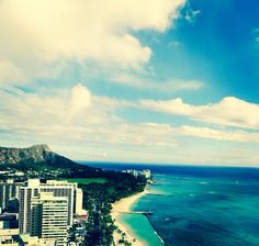 Oahu <3 best city ever equal amounts of beach and city life, nothing  better then dat