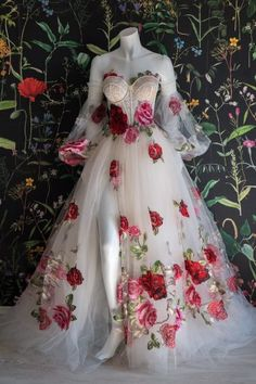 Pretty Outfits, Pretty Dresses, Beautiful Dresses, Ball Dresses, Evening Dresses, Prom Dresses, Tulle Prom Dress, Flower Dresses, Wedding Dresses