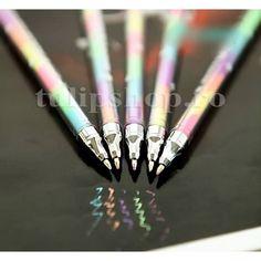 Pret: 6 lei/buc Pixul multicolor cu creta lichida este destinat scrierii pe suprafete lucioase precum hartie neagra lucioasa, tabla de scris, sticla, plastic, vinil, si altele. Creta lichida se va sterge usor de pe aceste suprafete cu o carpa umeda sau burete umed. Pixul are si efect fluorescent cand este iluminat cu lumina artificiala, in special noaptea. Decor, Carp, Decoration, Decorating, Dekorasyon, Dekoration, Home Accents, Deco, Ornaments