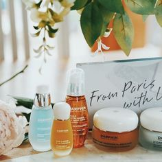 Lydia is talking about Darphin's amazing skincare range to achieve the lit from within glow - thanks to all their meticulously crafted ingredients! Start #LivingParisian with these absolute must-haves. Products were gifted as part of the Preen.Me VIP program together with Darphin UK.