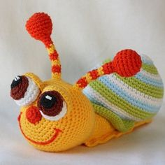 This pop-eyed snail will make you smile for sure! Create the awesome gift for your friend or family member. This snail crochet pattern will help you a lot!