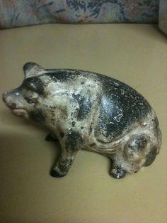 Vintage Cast Iron Piggy Pig Bank